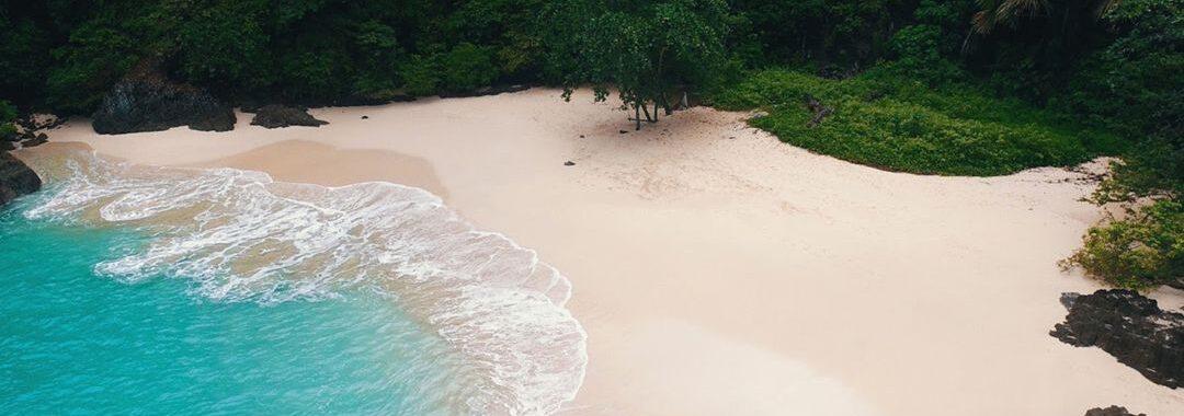 3 Pantai Untuk Berkemah di Banyuwangi Yang Keren Abis